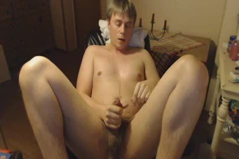 Masturbating And Moaning With LOUD large O