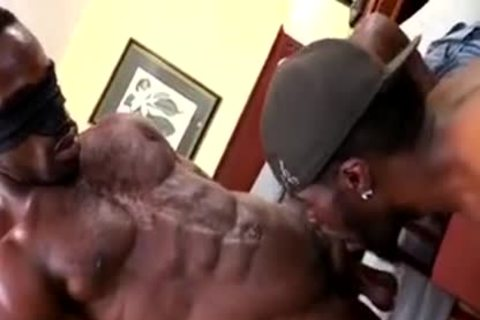Thugbait darksome Muscle Shorty Baited In The Motel