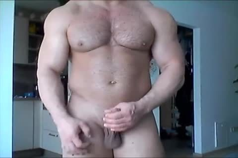 Beefymuscle.com - big Russian Cums A Lot