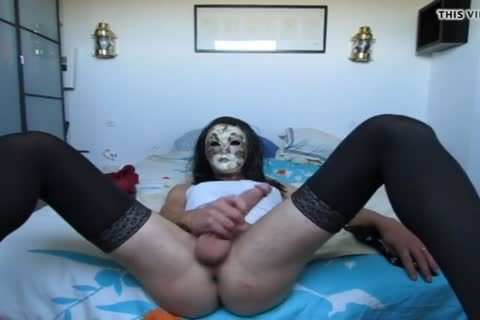 Carnival beauty Plays With Herself