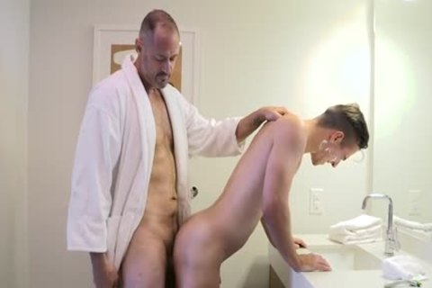 [Family cock] Stepdad Boyfriend, Chapter Two - A Closer Shave (Stepdad George