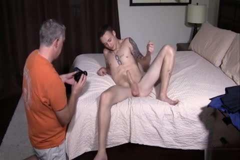 Daddy Breeds attractive twink With taut Little arse