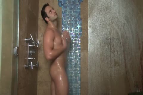 Rafel Gallo Shower And Jerks Off