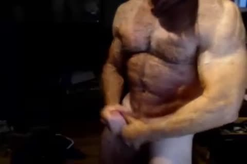 Hunky Muscle Daddy