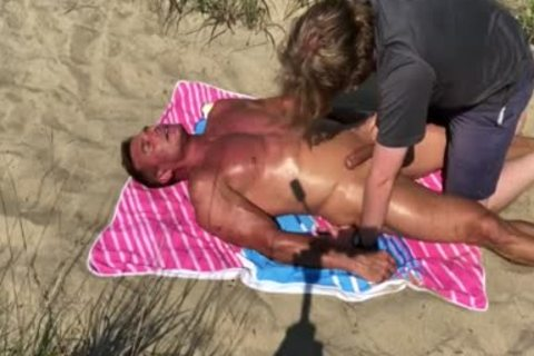 Dilf drilled On The Beach