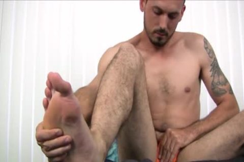 bare Foot that man Strokes His Uncut knob Harder