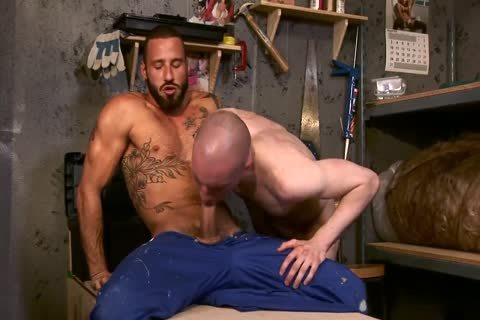 Antonio Miracle And Jason Domino Working With Wood