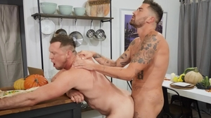 Drill My Hole: Slamming hard and piercing boyfriend Archie