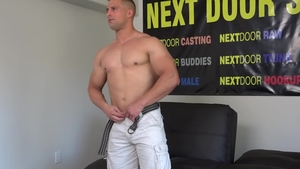 Next Door Casting: Muscle Luke Miles expose huge penis