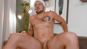 NextDoorStudios: Dante Colle amongst Leeroy Jones rimming